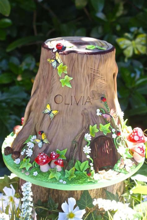 Tree Decorations For Cakes by 25 Best Ideas About Tree Stump Cake On