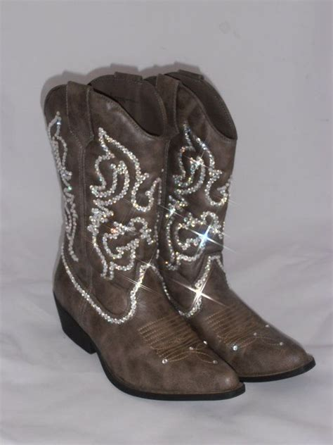 25 best ideas about cowboy boot bling on