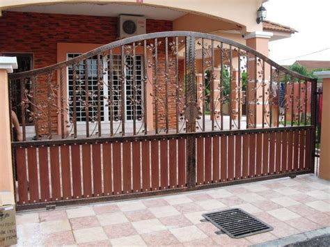 elegant gates  transform  yard  inviting place