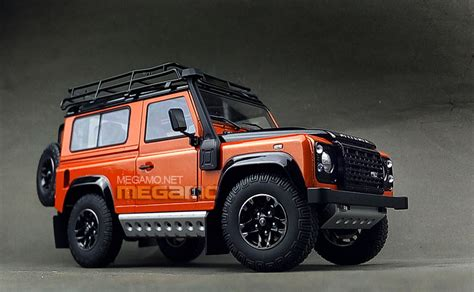 Rc Car Adventure Land Rover Defender D90 Axial Scx10 Rc4wd kyosho unveils land rover defender 90 adventure edition in