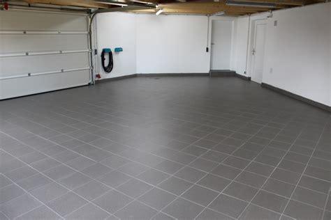 die garage bekommt fliesen schicker friese - Fliesen Garage