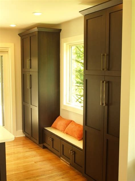 floor to ceiling pantry pantry to pray for these floor to ceiling pantries provide pleny of storage transitional