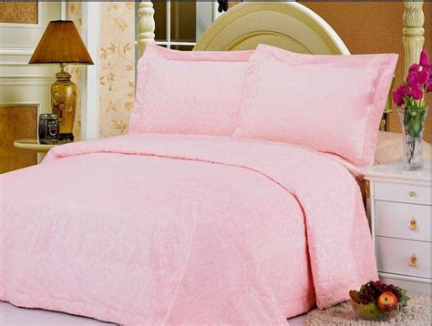 pink bed spread pink bedspreads for girls