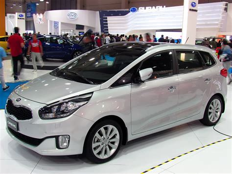 Kia Carent File Kia Carens 2013 Jpg Wikimedia Commons