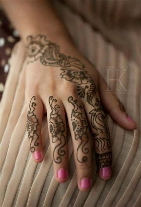 henna tattoo and nails nail and mehndi designs 2013 by hadiqa kiani signature