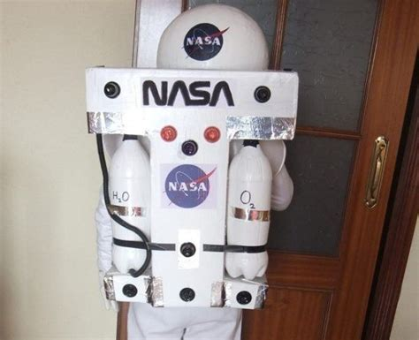 astronauta de material reciclado disfraces originales para carnaval 2018 y halloween con