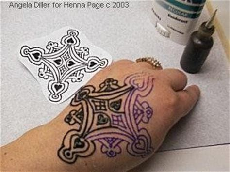 how to make a henna tattoo stencil the henna page how to make henna pattern transfers