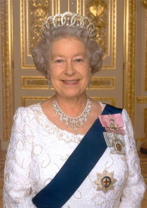 Queen Elizabeth II   Savvy Seniors Work