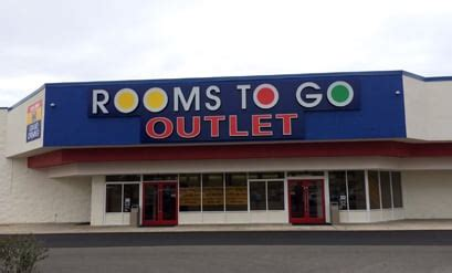 rooms to go tallahassee rooms to go outlet furniture store tallahassee furniture stores 1212 capital cir se