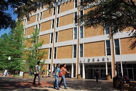 Uta Find Ut Arlington Libraries Launch Free Textbook Lending Program Uta News Center