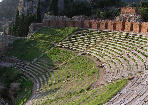 giardini naxos taormina riviera catania giardini naxos taormina e la riviera dei ciclopi