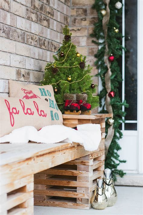 deck  halls  christmas home  brittany stager