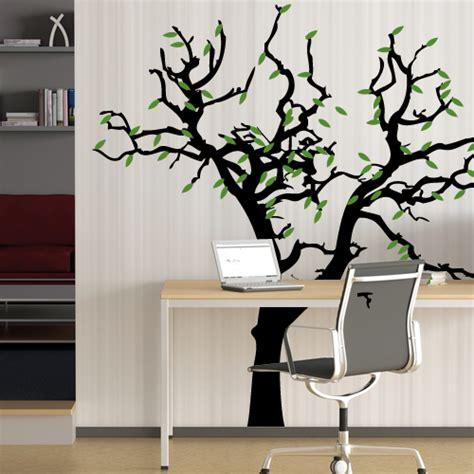 Baum An Die Wand Malen by Wandtattoo Baum Und Bl 228 Tter Myfolie