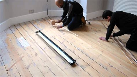 How To Fill Gaps In Old Wooden Floorboards   TheFloors.Co