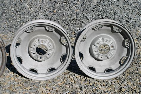 Truck Wheels Clearance High Clearance Divco Milk Truck Or Lakes 18 Quot Wheels