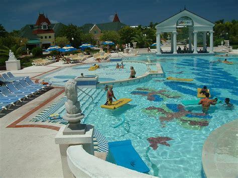 best resorts in goa luxury goa hotels true heavens of comfort indian