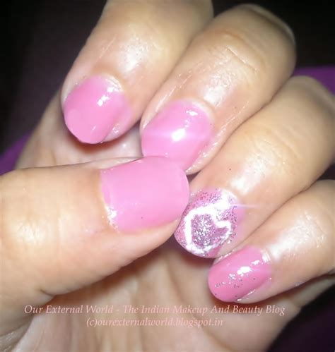 a simple and easy girly zebra nail art design finger nail art girly how you can do it at home pictures