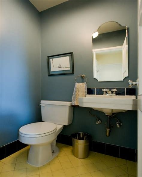 how to paint a small bathroom paint small bathroom