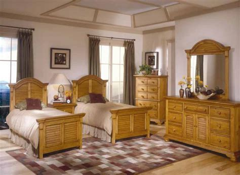 cottage bedroom set cottage traditions pine bedroom set american woodcrafters