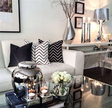 Silver Home Decor Accessories Winter Decor Trend 34 Stylish Silver Accessories And Decorations Digsdigs