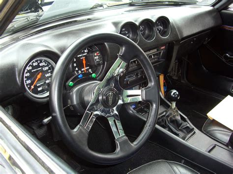 Karpet Dashboard Datsun datsun 280zx interior wallpaper 1024x768 8050