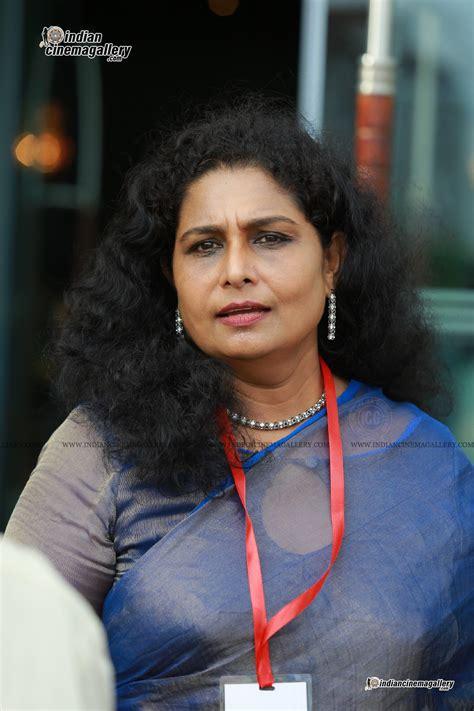 film actress zeenath actress zeenath stills 4