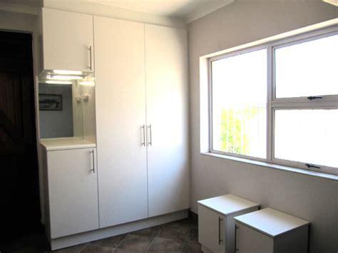 Mirror Bedroom Cupboard Doors Bedroom Cupboards With Mirror And Dresser