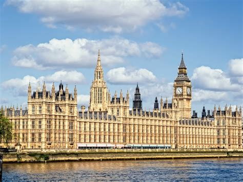 houses of parliament designer time to visit london which is cheaper than ever thanks to brexit business insider