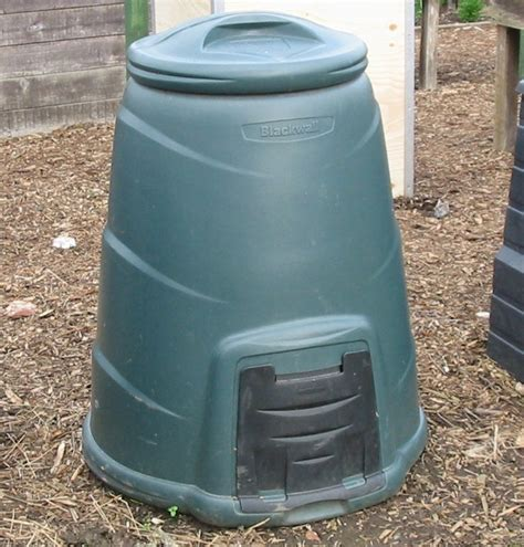 Plastic Compost Bin | more types of compost bin with pictures