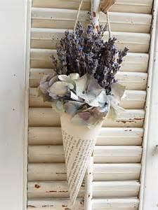 lavender home decor 25 lavender home decorating ideas shelterness