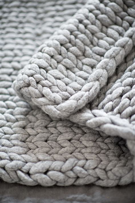 diy knit a chunky blanket from wool roving perfect for interior decoration so warm and cozy
