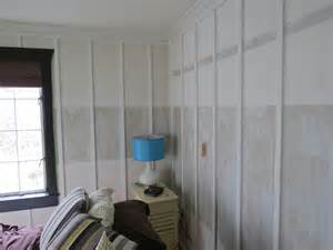 how to paint high gloss walls board and batten bedroom found this painted that