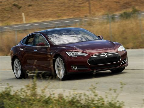Car Types That Start With S by Tesla Model S Owners Start Cars Iphone Business Insider