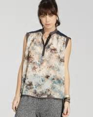 Enchanted Project Blouse Ep B0133 wornontv jules s printed top and leather jacket on town cox clothes and