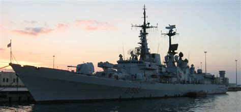 catamaran aircraft carrier wiki plik mm luigi durand de la penne d560 jpg wikipedia