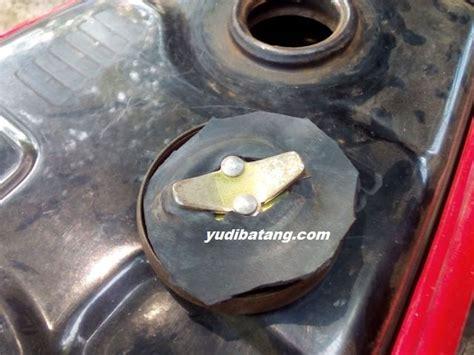Tutup Tangki Bensin Honda Glpro Glmax cara mengakali tutup tangki motor bebek yang karetnya
