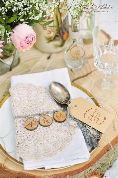 rustikale tischdeko sch 246 ner heiraten rustikale tischdeko mit baumscheiben