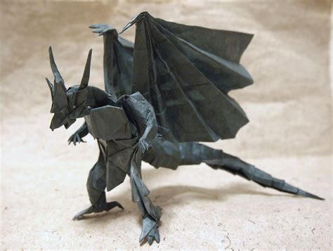 Origami Bahamut - the world of videogame origami part 1