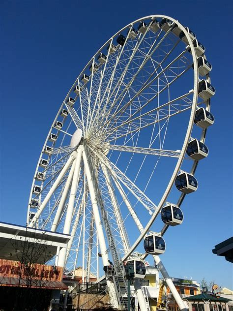 Top Five Must Dos at The Island in Pigeon Forge. Number 2