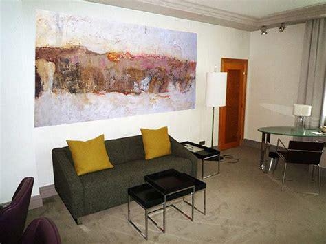 wohnzimmer malerei kunstgalerie berlin