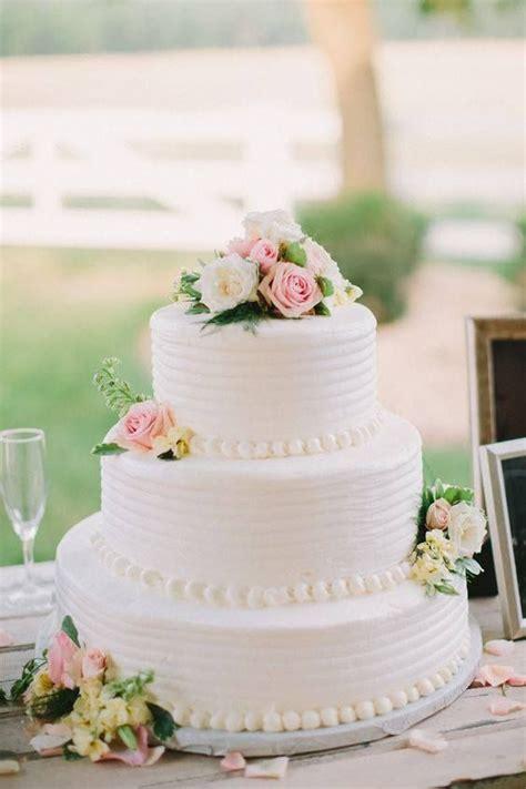 simple wedding shower cake ideas 117 best bridal shower images on dessert