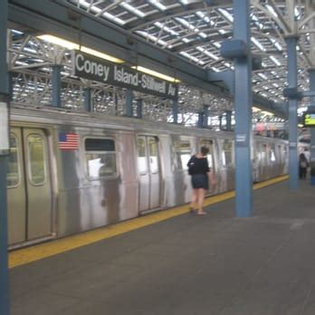the fans avenue reviews mta coney island stillwell station 46 photos 19