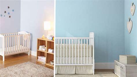 wandfarbe babyblau kinderzimmer farben ideen m 228 dchen hellblau wand streichen