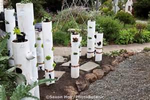 Pvc Pipe Vertical Garden Pin By Chamelin On Garden