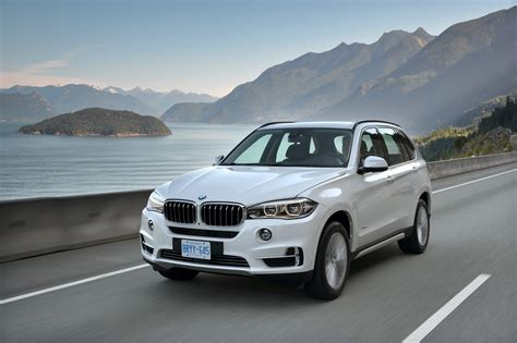 difference between bmw x5 35i and 50i 2014 bmw x5 xdrive 50i review motoring middle east car