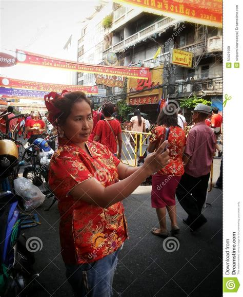 bangkok new year 2015 date selfie at chinatown on new year 2015