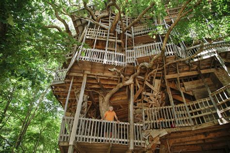 18 amazing tree house designs mostbeautifulthings 18 amazing tree house designs mostbeautifulthings