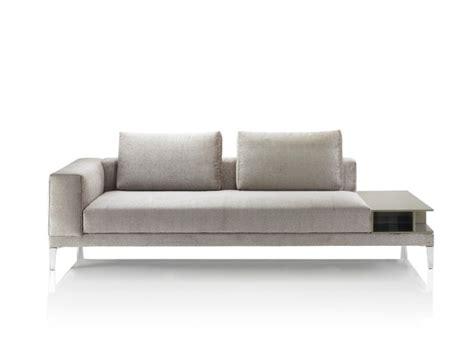 Sofa Kenzo Versace puro luxo m 243 veis objetos e lumin 225 rias de grife para
