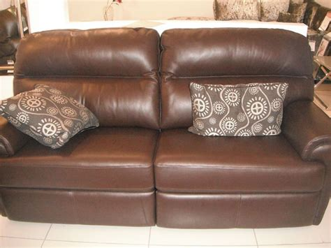 cheap leather sofas birmingham 100 ex display leather sofas ex display showroom