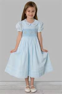 smocked dress for toddlers and little girls size 3t 6 great